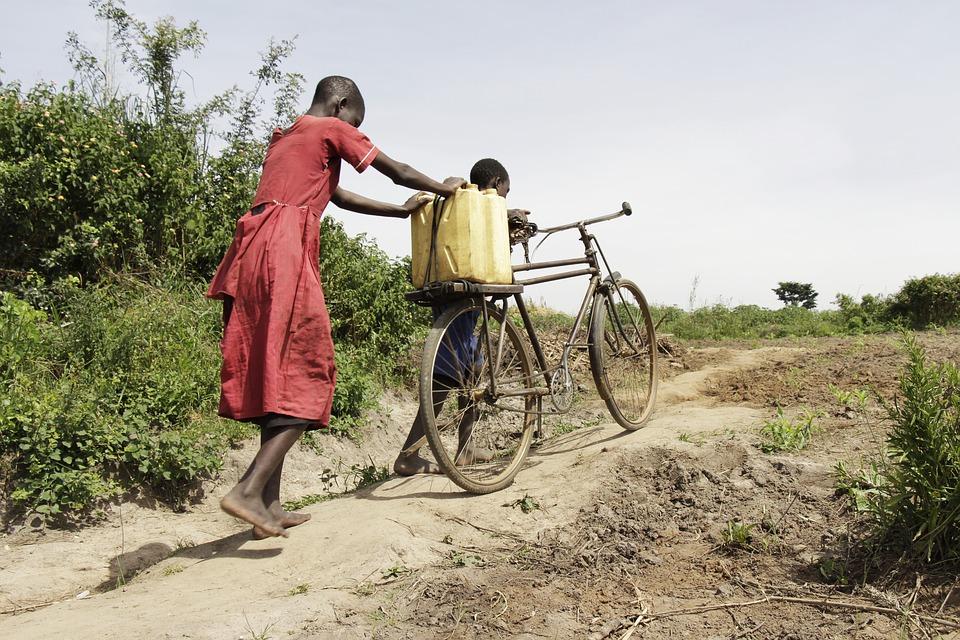 Rapporto ONU: dopo un anno di pandemia, torna a crescere la fame nel mondo