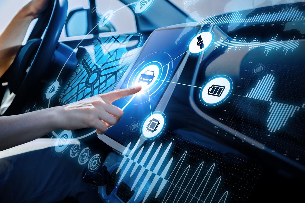L'auto del futuro è uno smartphone con le ruote e il motore elettrico