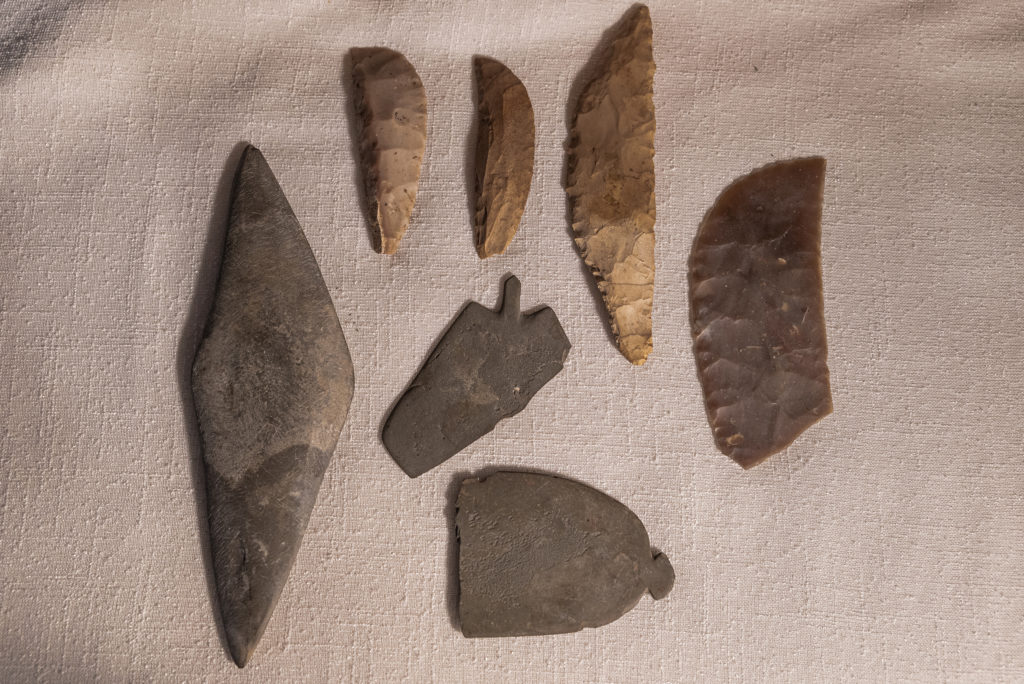 Manufatti in pietra e tavolozze - Sabrina Martin