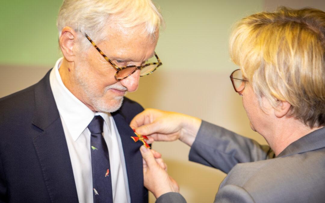Scienza: medaglia al merito della Repubblica Federale Tedesca al direttore di Human Technopole